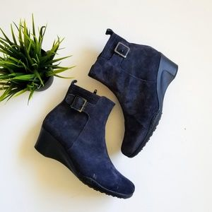 Aerosoles Comfort Ankle Boots Blue Suede